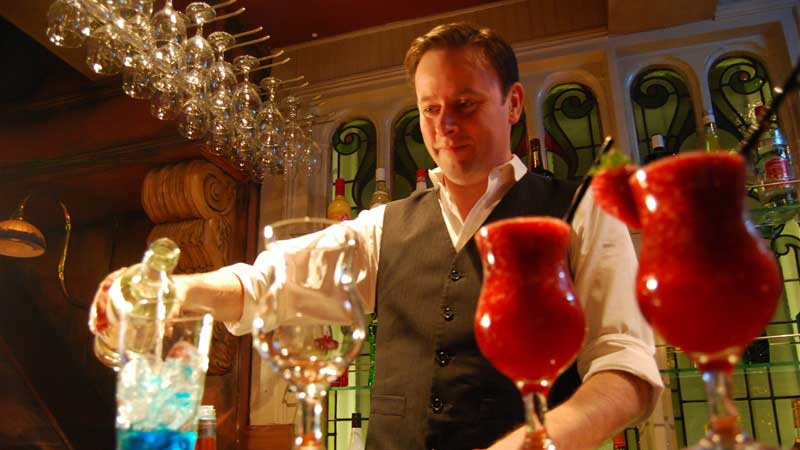 Bartender giving cocktail classes at Belfast Bar at Benedicts