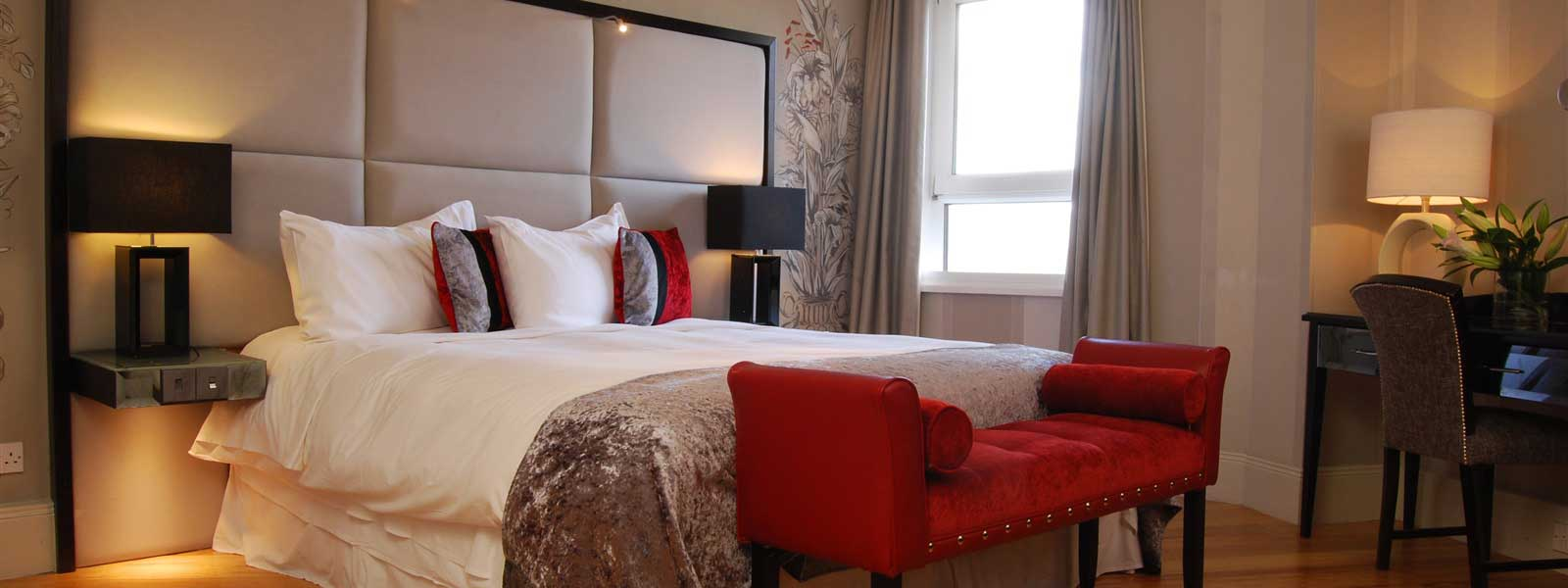 Deluxe Double Room in Belfast Hotel